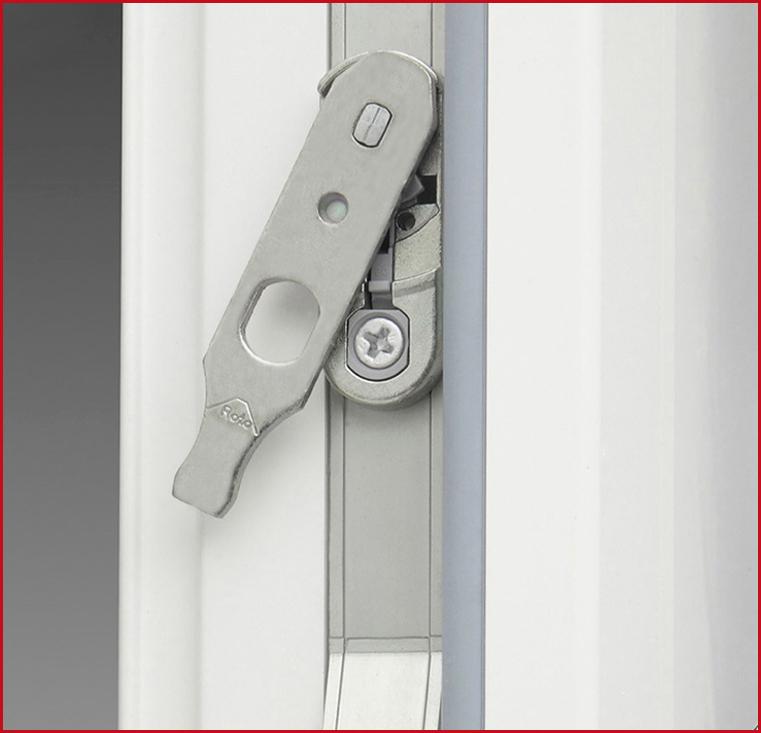 Ideal fenster ferramenta finestre in pvc for Finestre pvc gia pronte